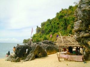 borawan island things to do