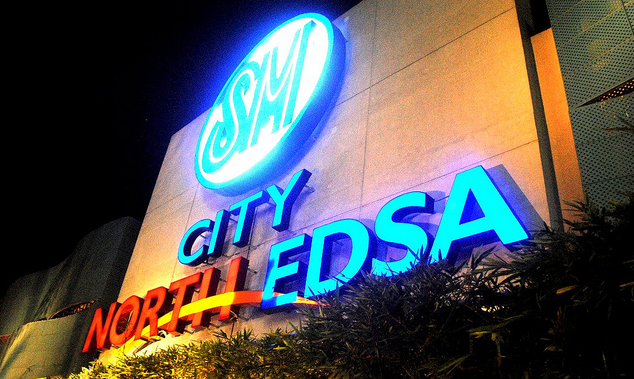 HOLY WEEK SCHEDULE 2014 malls and banks
