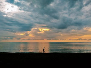 Book Kahuna Beach Resort and Spa: Luxury Surf Breaks in La Union