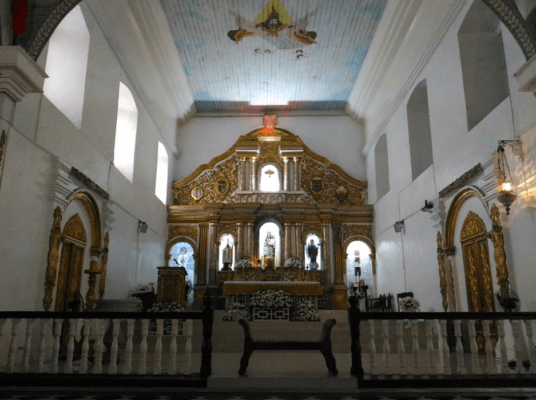 Malolos Cathedral's beautiful interiors.