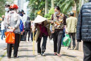 "Apec Group Project ""Zero Cost Happy Supermarket"" Dispenses Hope to Vietnam's Poor"